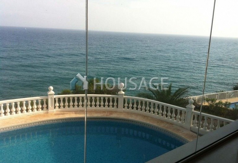 6 bed villa for sale in El-Campello, Spain, 400 m² - photo 9