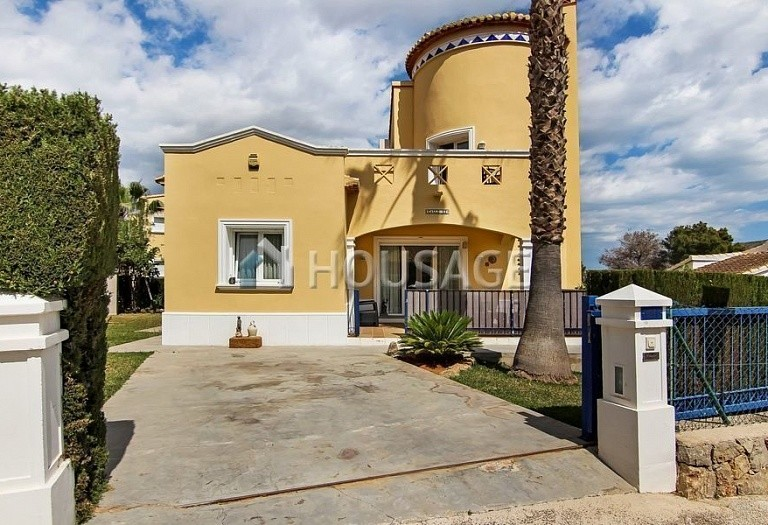3 bed villa for sale in Pedreguer, Spain, 150 m² - photo 1