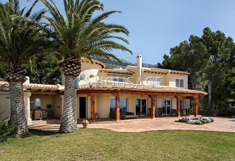 2 bed villa for sale in Altea, Spain, 350 m² - photo 1