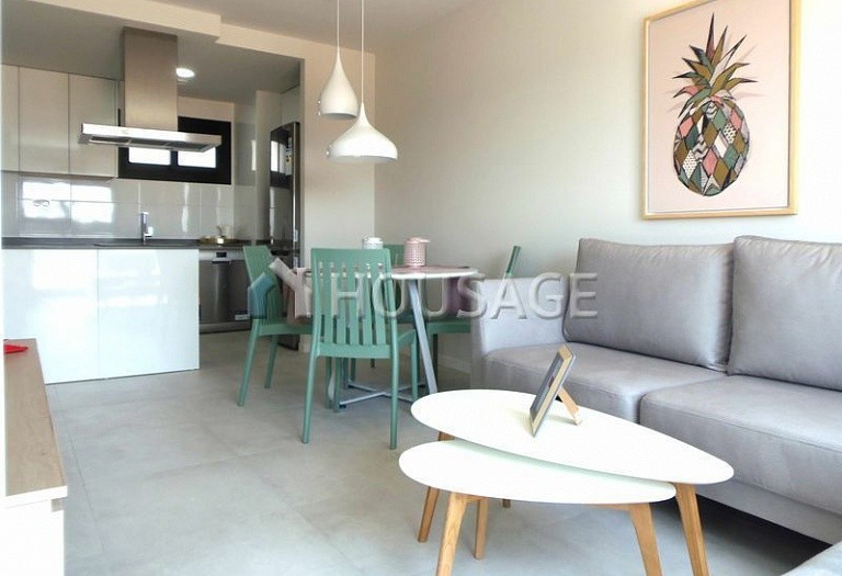 2 bed flat for sale in Pilar de la Horadada, Spain, 80.52 m² - photo 2