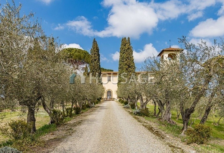 9 bed villa for sale in Florence, Italy, 2800 m² - photo 44