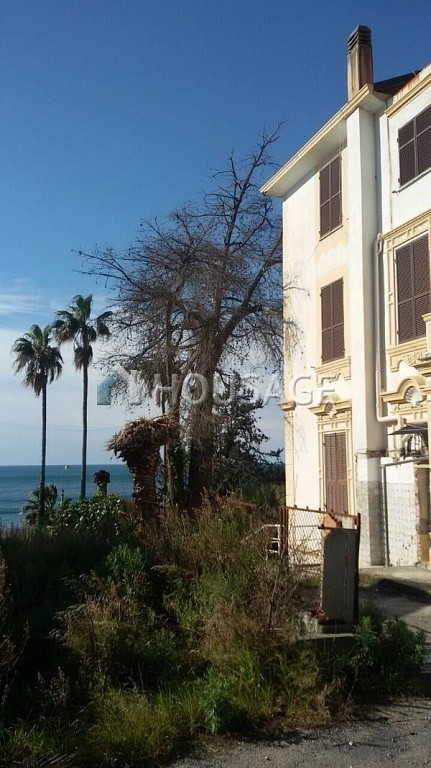 Hotel for sale in Sanremo, Italy, 2000 m² - photo 4