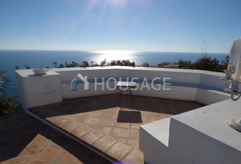 3 bed villa for sale in Benitachell, Benitachell, Spain, 240 m² - photo 3