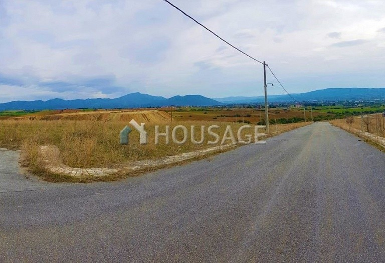 Land for sale in Vasilika, Salonika, Greece - photo 1