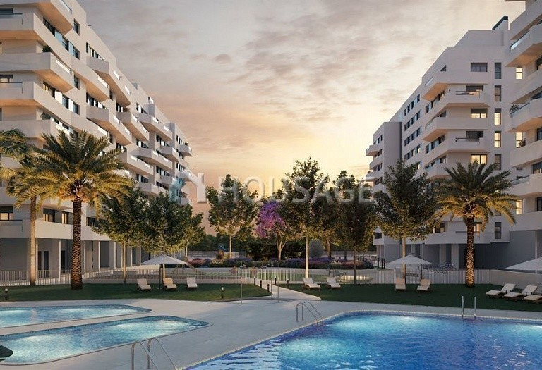 3 bed flat for sale in Alicante, Spain, 111 m² - photo 1