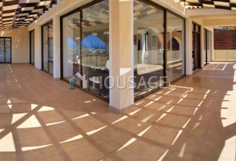 6 bed villa for sale in Kissonerga, Pafos, Cyprus, 440 m² - photo 10