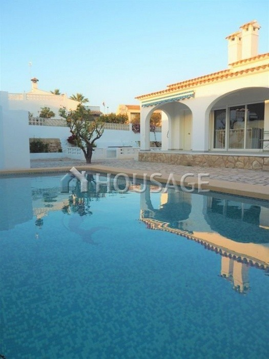 4 bed villa for sale in Alfaz del Pi, Spain, 150 m² - photo 1