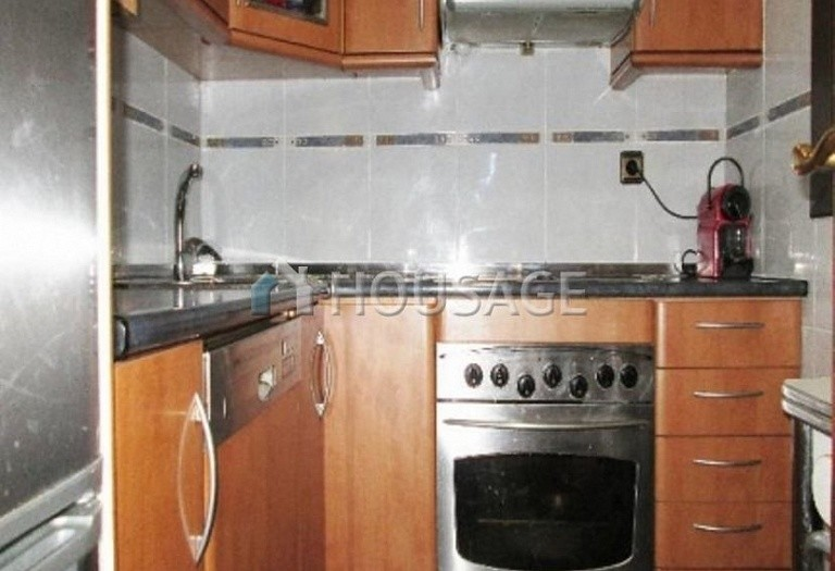 4 bed flat for sale in Hospitalet, Spain, 97 m² - photo 5