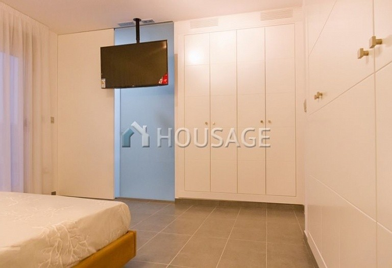 3 bed villa for sale in Pilar de la Horadada, Spain, 200 m² - photo 9