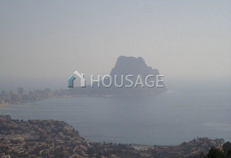 4 bed a house for sale in Calpe, Calpe, Spain - photo 1