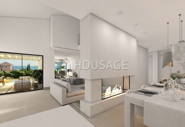 4 bed villa for sale in Marbella, Spain, 400 m² - photo 4