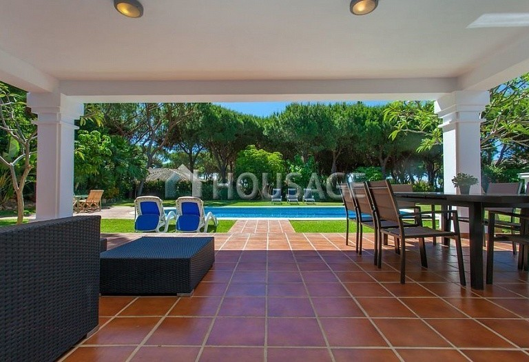 Villa for sale in Las Chapas, Marbella, Spain, 720 m² - photo 6