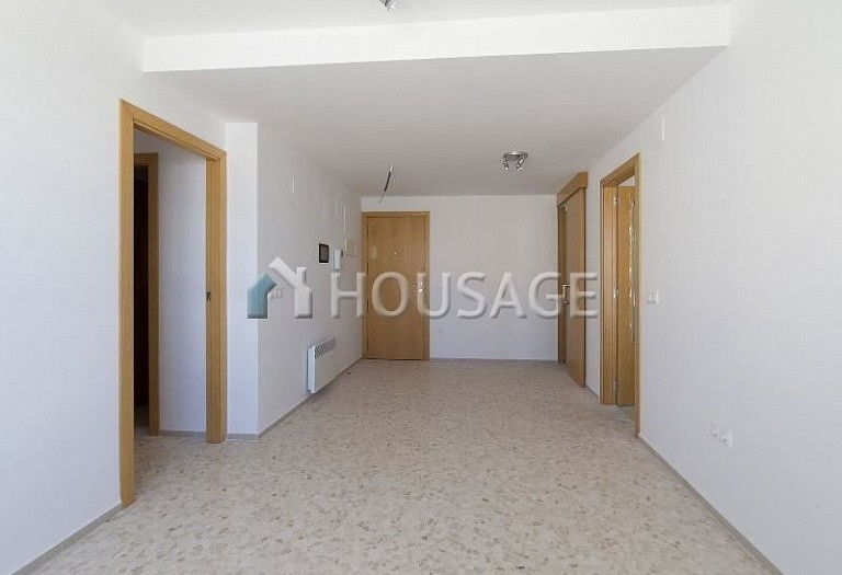 3 bed flat for sale in Alberic, Spain, 78 m² - photo 2