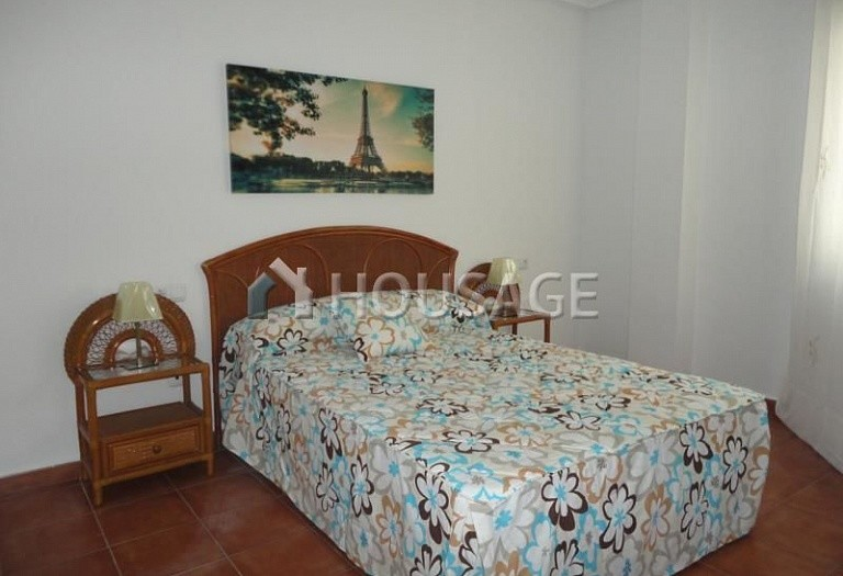 2 bed apartment for sale in Torrevieja, Spain - photo 7