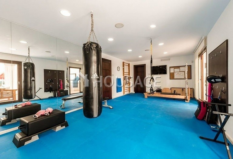 Villa for sale in El Paraiso Alto, Benahavis, Spain, 1250 m² - photo 18