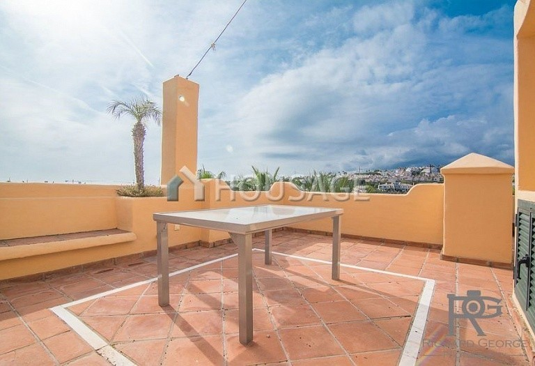 Flat for sale in Atalaya, Estepona, Spain, 300 m² - photo 16