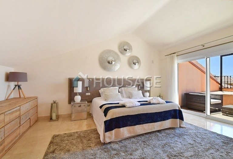 Flat for sale in Nueva Andalucia, Marbella, Spain, 191 m² - photo 10