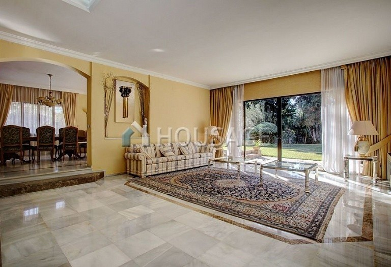 Villa for sale in Nueva Andalucia, Marbella, Spain, 850 m² - photo 5