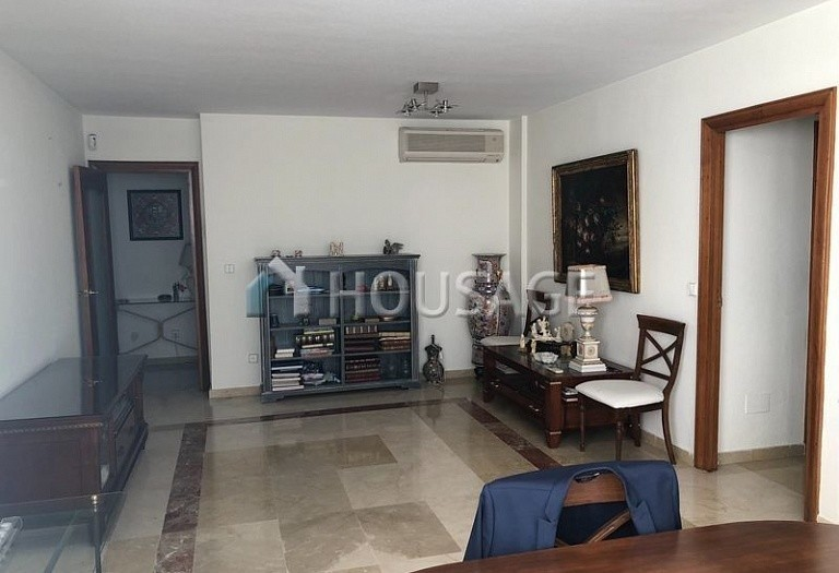 Apartment for sale in Marbella Center, Marbella, Spain, 112 m² - photo 3