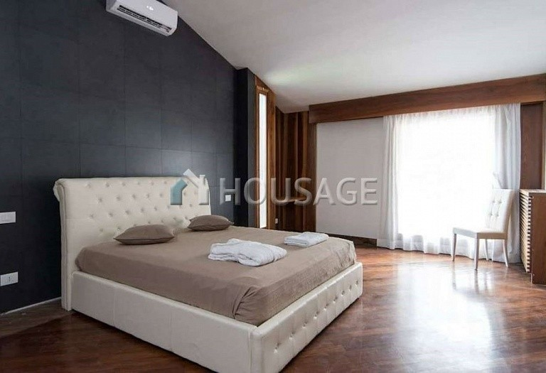 9 bed villa for sale in Rome, Italy, 1100 m² - photo 17