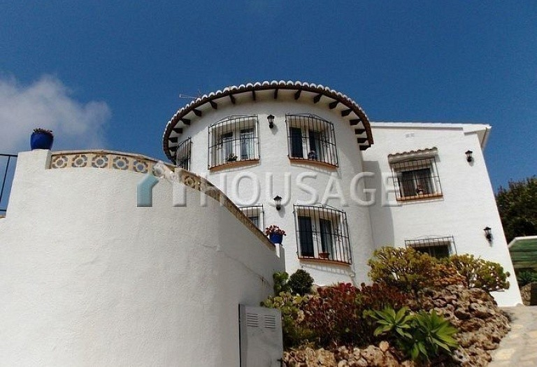 2 bed villa for sale in Valle del Portet, Benitachell, Spain, 246 m² - photo 1