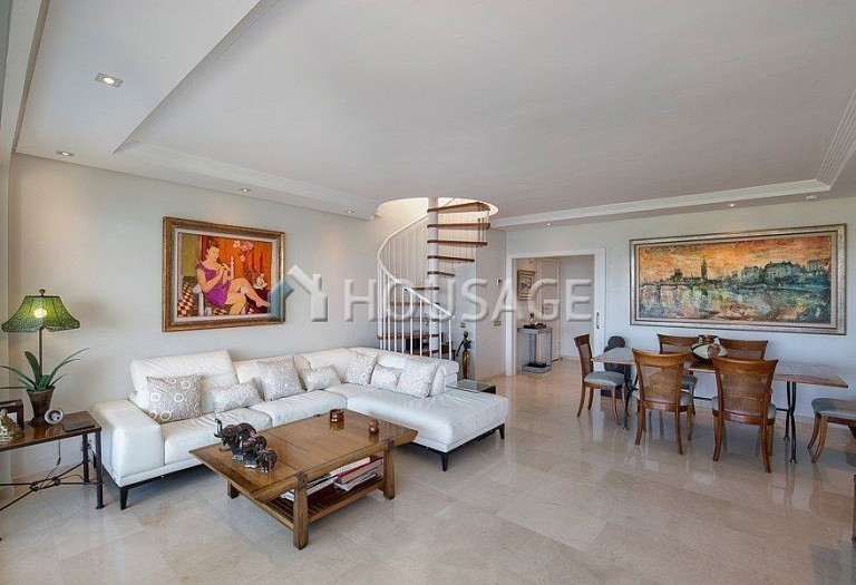 Flat for sale in Los Granados Playa, Estepona, Spain, 595 m² - photo 4