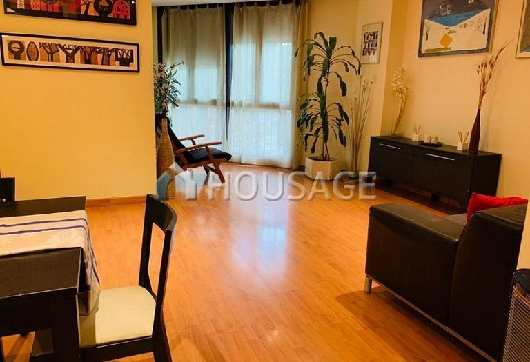 3 bed flat for sale in Eixample, Barcelona, Spain, 100 m² - photo 5