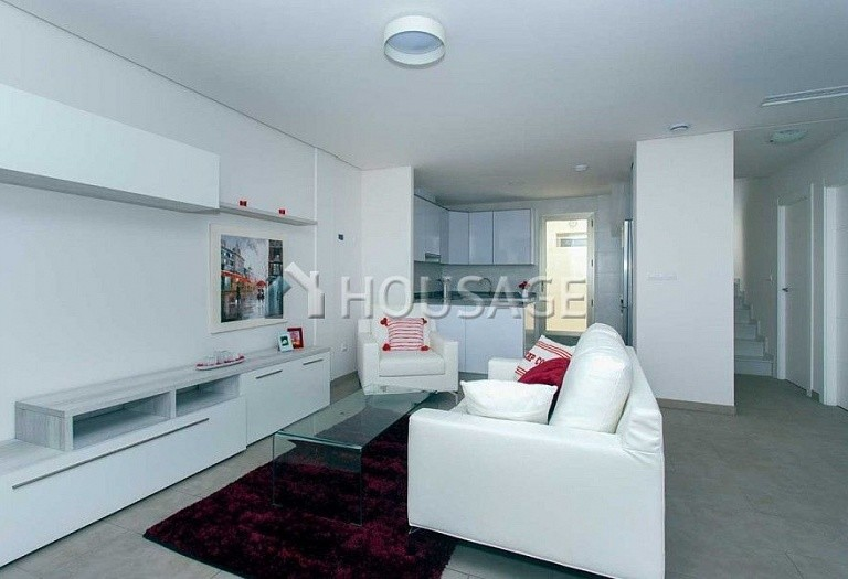 2 bed a house for sale in Torrevieja, Spain, 68 m² - photo 3