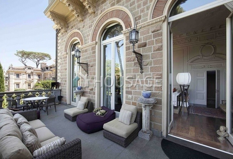 3 bed flat for sale in Rome, Italy, 550 m² - photo 7