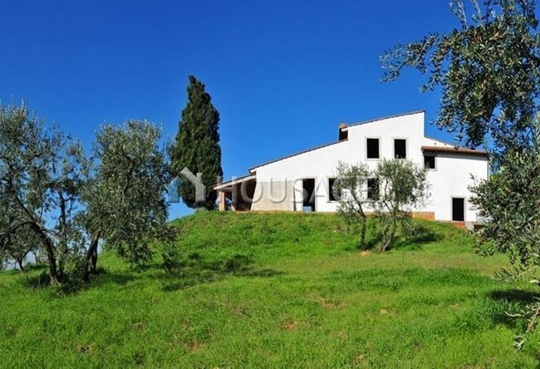 3 bed villa for sale in Florence, Italy, 350 m² - photo 1
