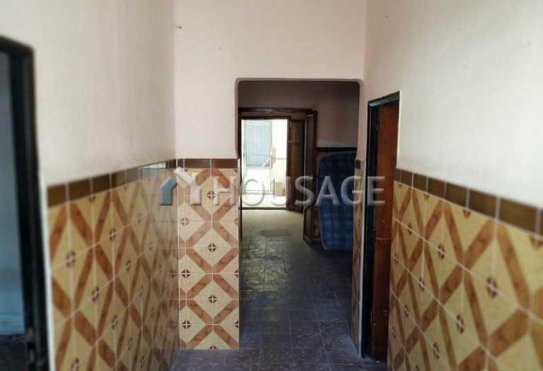 A house for sale in La Pobla de Vallbona, Spain, 85 m² - photo 2