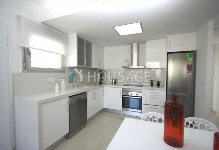 2 bed a house for sale in Torrevieja, Spain, 63 m² - photo 4