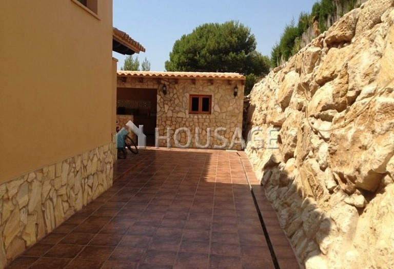 4 bed villa for sale in Benidorm, Spain, 190 m² - photo 4