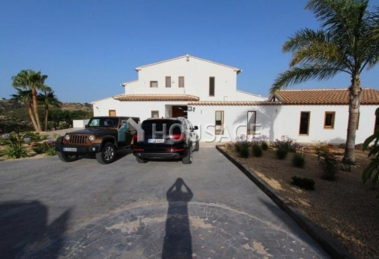 4 bed villa for sale in Benisa, Benisa, Spain, 700 m² - photo 2