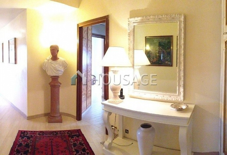 3 bed flat for sale in Rome, Italy, 200 m² - photo 31