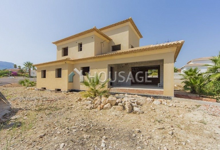 5 bed villa for sale in Calpe, Spain, 350 m² - photo 1