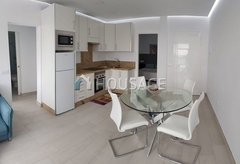 2 bed apartment for sale in Adeje, Spain - photo 7