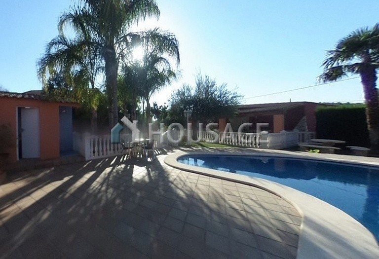 4 bed a house for sale in Vilamarxant, Spain, 180 m² - photo 1