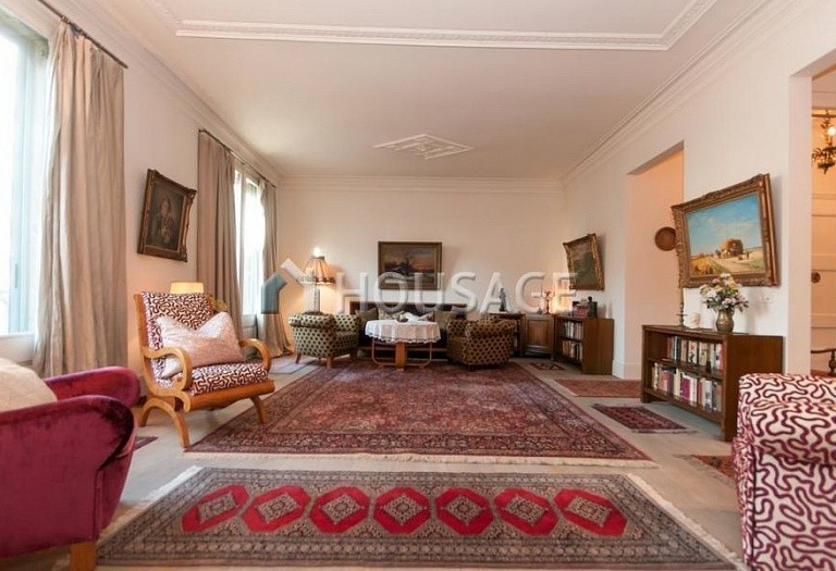 2 bed flat for sale in Eixample, Barcelona, Spain, 169 m² - photo 1