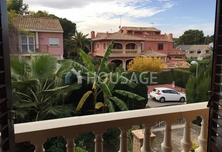 5 bed townhouse for sale in Valencia, Spain, 250 m² - photo 1