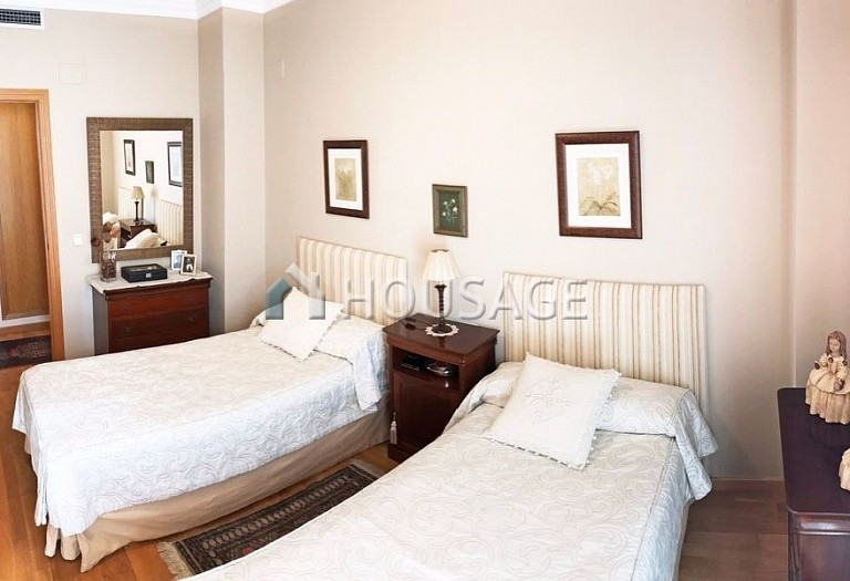 4 bed flat for sale in Valencia, Spain, 153 m² - photo 19