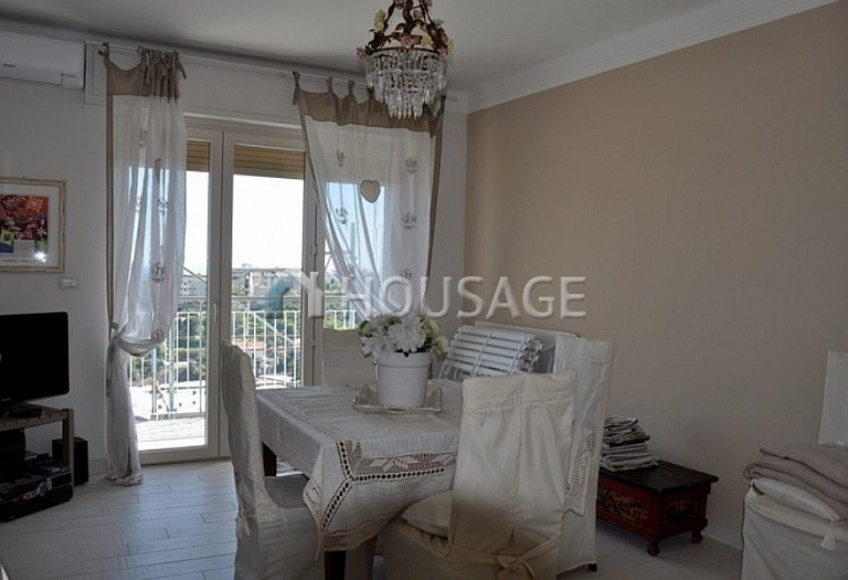 1 bed apartment for sale in Sanremo, Italy, 70 m² - photo 9