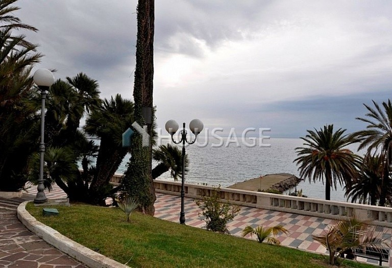 3 bed apartment for sale in Sanremo, Italy, 100 m² - photo 1