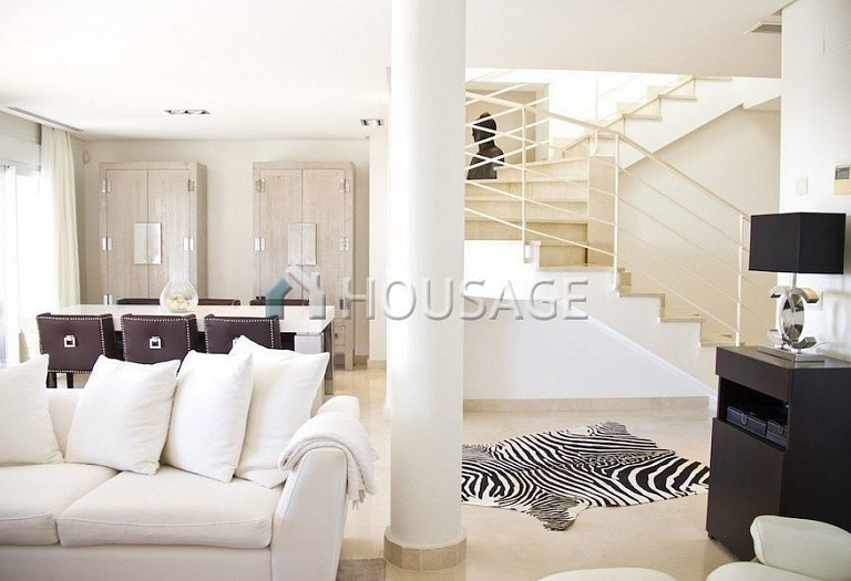 Flat for sale in Nueva Andalucia, Marbella, Spain, 233 m² - photo 10