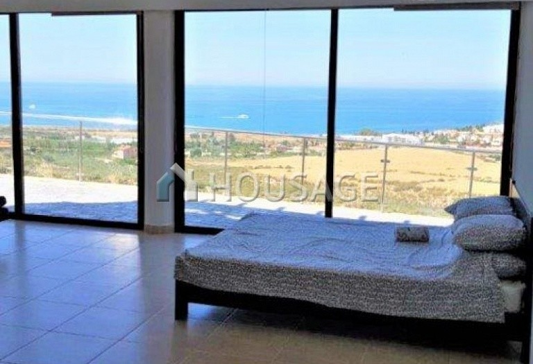 6 bed villa for sale in Kissonerga, Pafos, Cyprus, 440 m² - photo 12