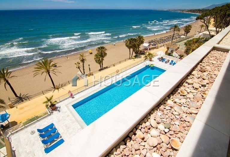 Apartment for sale in Marbella Center, Marbella, Spain, 125 m² - photo 2