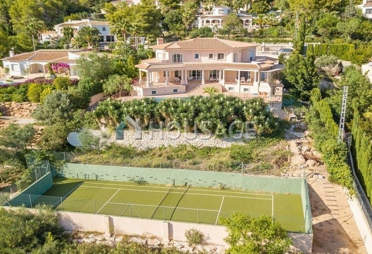 7 bed villa for sale in Javea, Spain, 685 m² - photo 8