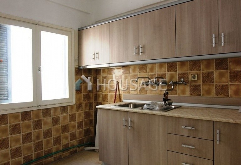 2 bed flat for sale in Polichni, Salonika, Greece, 75 m² - photo 2