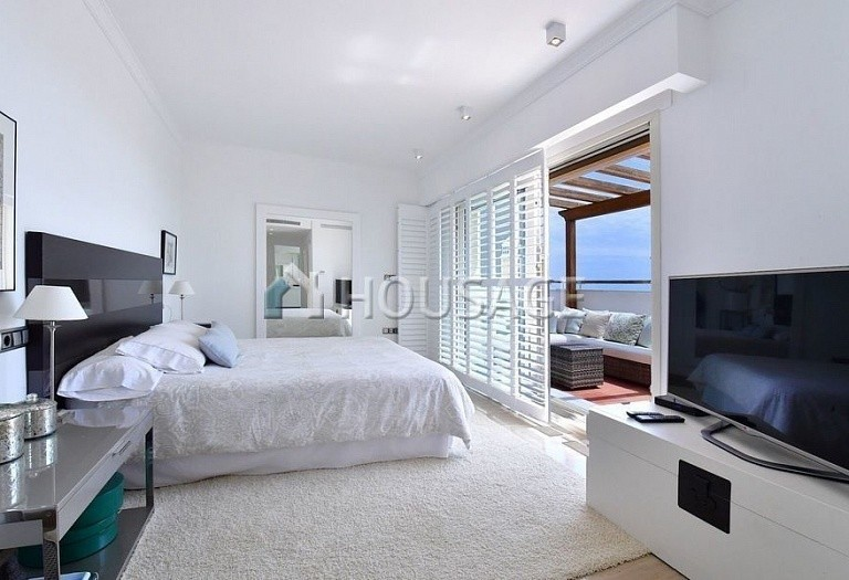 Flat for sale in Marbella Golden Mile, Marbella, Spain, 396 m² - photo 4