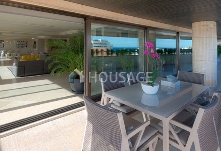 Flat for sale in Marbella, Spain, 661 m² - photo 10